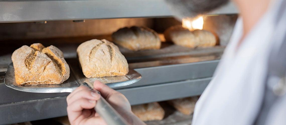 Håndverksbrød i ovn