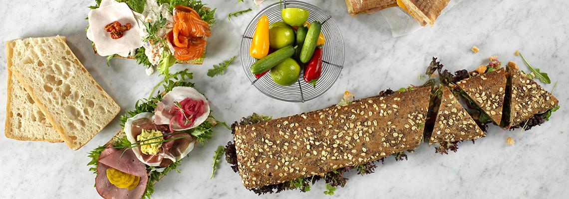 Påsmurt longbread sandwich