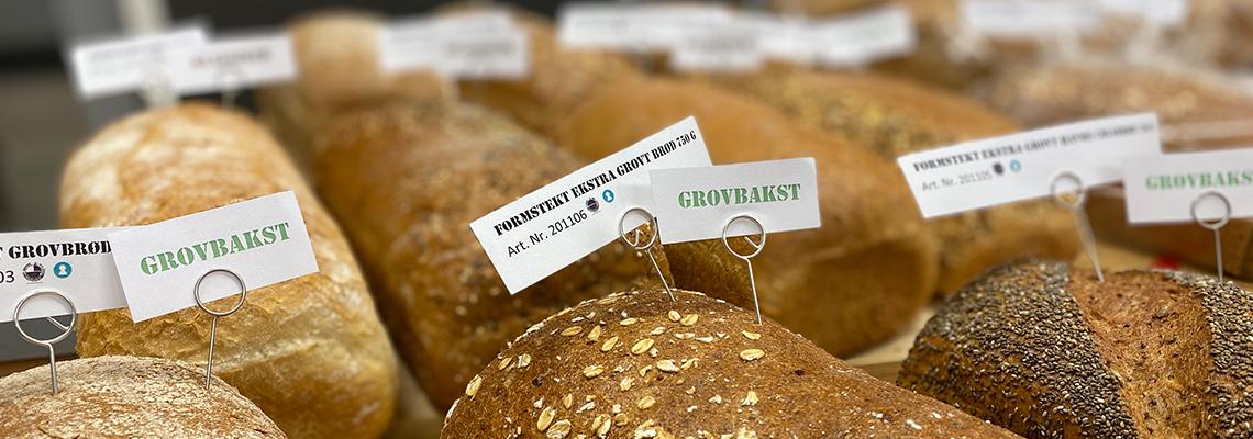 Stort utvalg av brød produsert i Norge